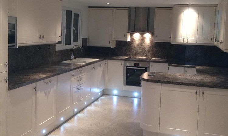 kitchen fitters Grimsby